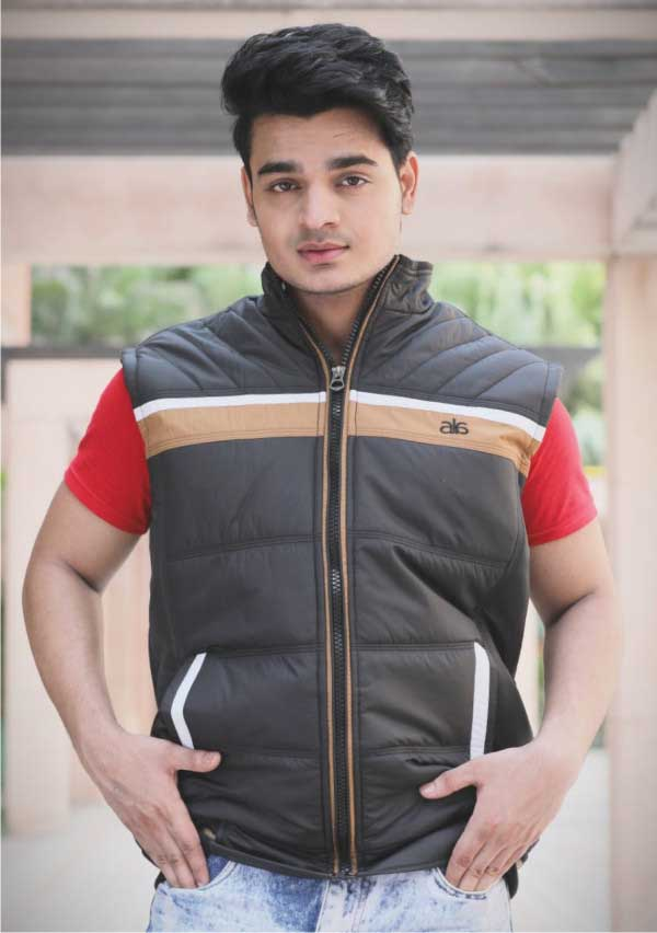 MSJK MI5 03-BLACK SLEEVELESS WINTER JACKET